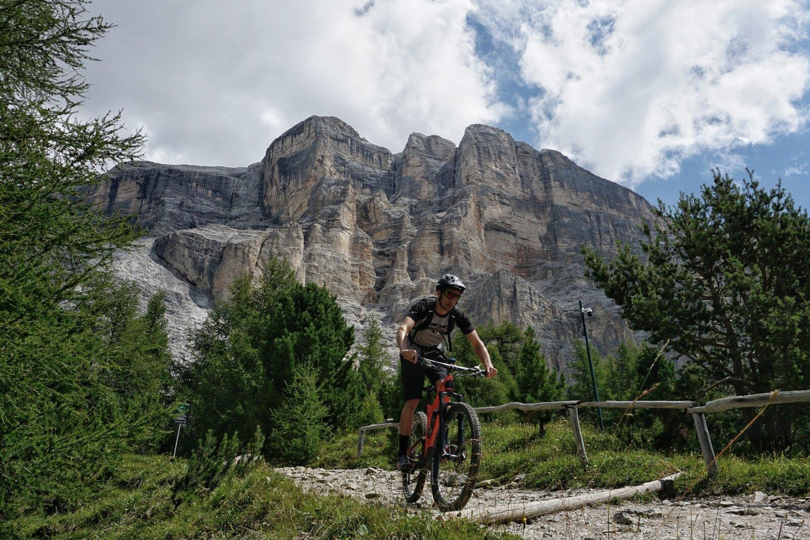 Alta Badia Trails Week